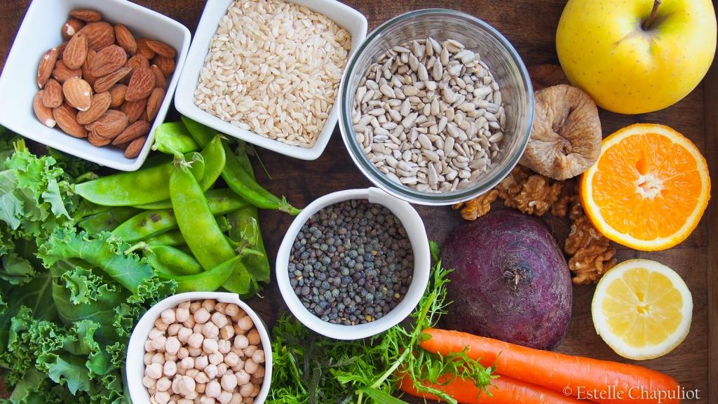 Aliments bruts, bases d'une alimentation saine et zéro déchet