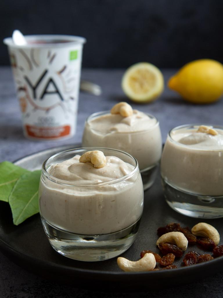Crèmes végétales onctueuses au citron et au yaourt de coco Ya