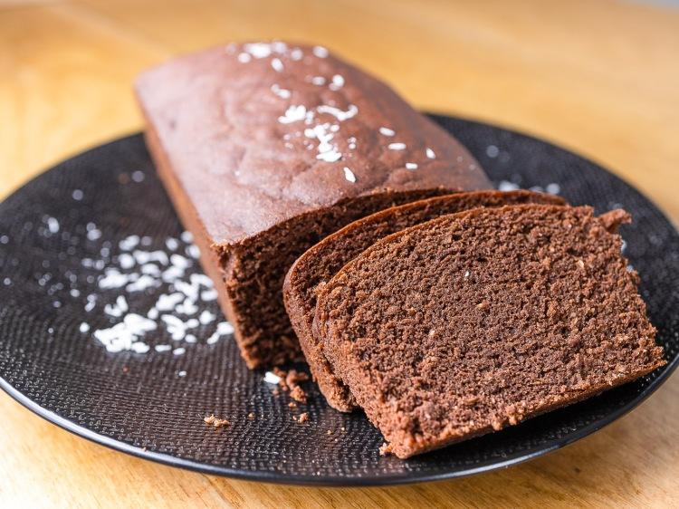 Cake au cacao cru et à la coco, cuit vapeur