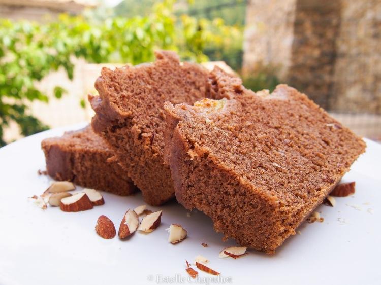 Cake châtaigne, amande, figues : cuisson vapeur, sans sucre ajouté, sans gluten et sans lactose