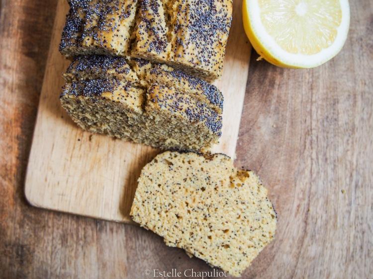 Cake au citron et au pavot, végétal et sans gluten, vapeur