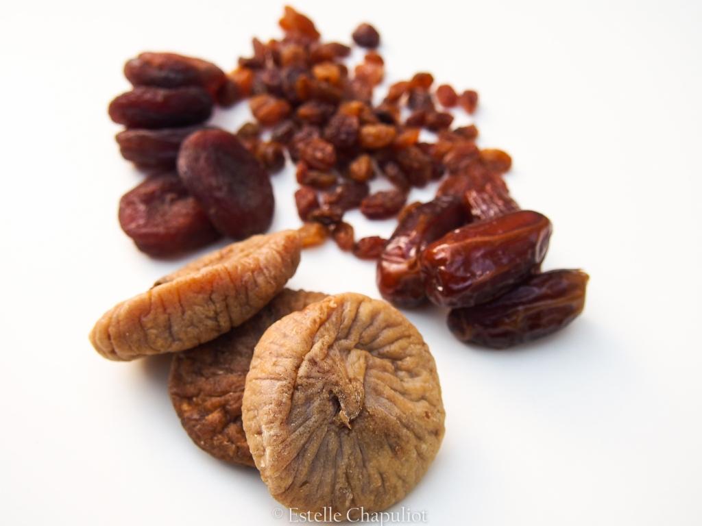Fruits secs bio : figues, abricots, raisins et dattes