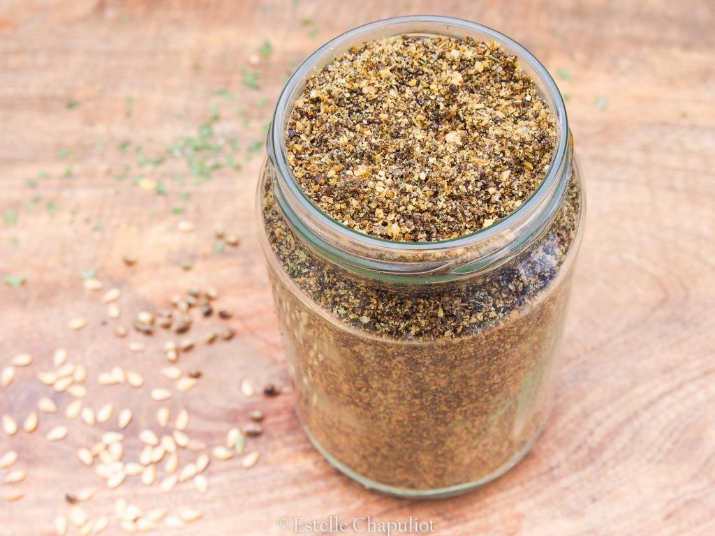 Gomasio aux graines de chanvres, lin et aromates