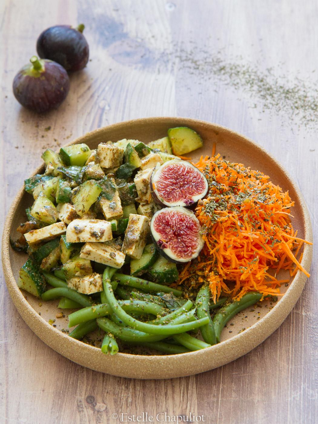 Salade composée colorée et savoureuse, vegan et sans gluten