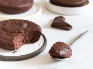 Fondants au chocolat noir et à la purée de pommes, végétaliens et sans gluten