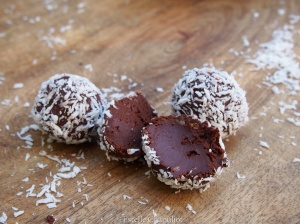 Truffes chocolat noir - coco fondantes, végétales et sans gluten