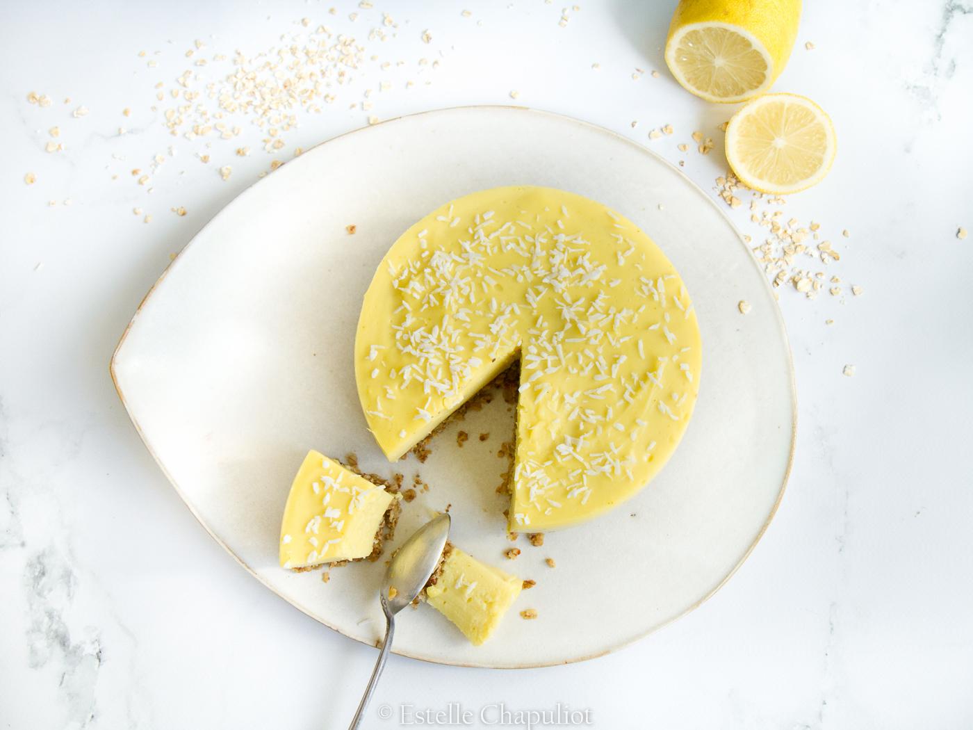 Entremet au citron végétal : crème au citron et base aux flocons d'avoine