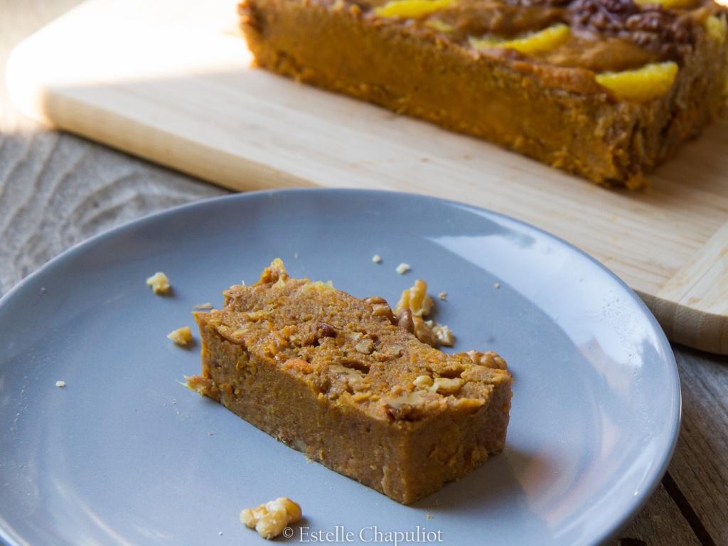 Gâteau fondant à la patate douce, à l'orange et à la cannelle - vegan et sans gluten