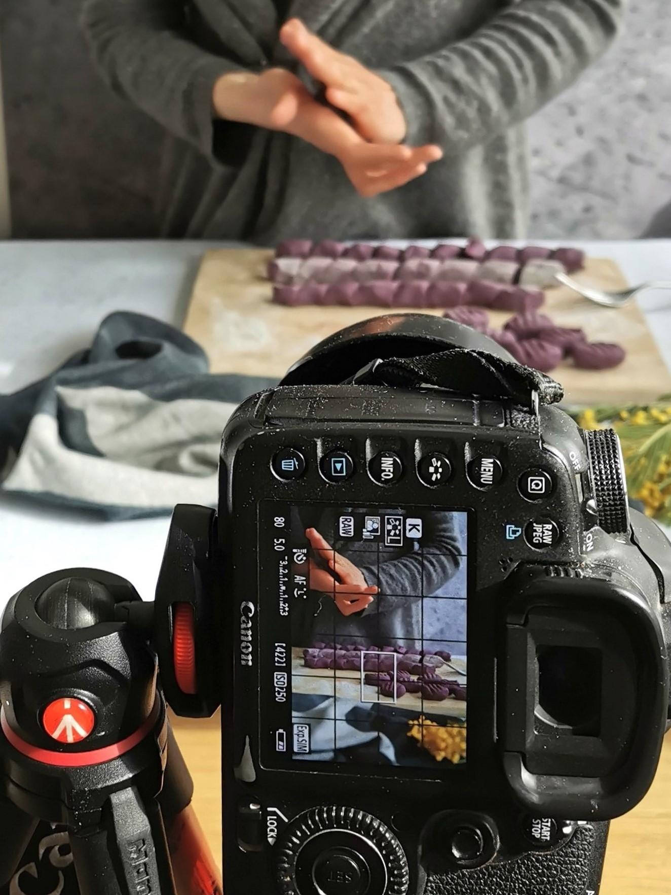 Shooting photo de gnocchis à la patate douce violette