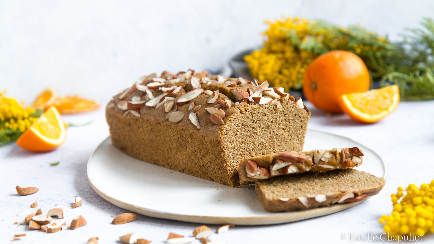 Gâteau à l'orange et au sarrasin, cuit vapeur (vegan et sans gluten)