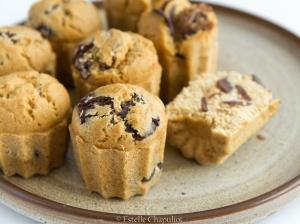 Muffins à la farine de millet et aux palets de chocolat noir, cuits au four ou vapeur (vegan et sans gluten)