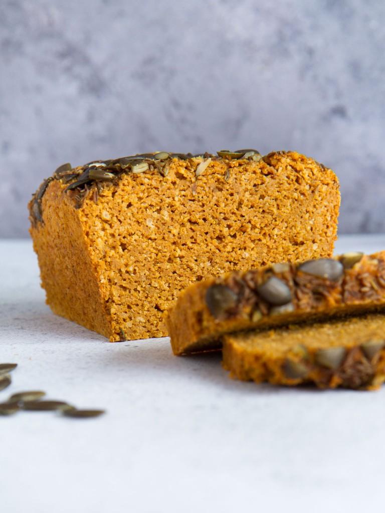 Cake façon dhal aux lentilles corail, millet, tomate et curry (vegan, sans gluten)