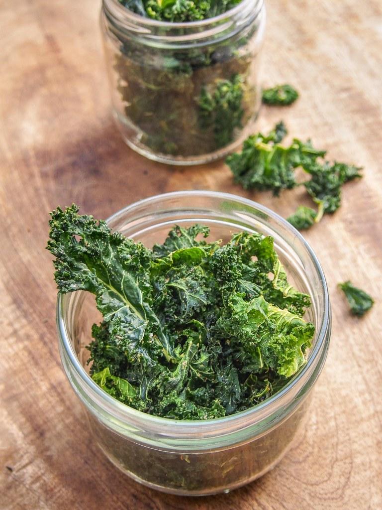 Chips de chou kale aux herbes de Provence (au déshydrateur )