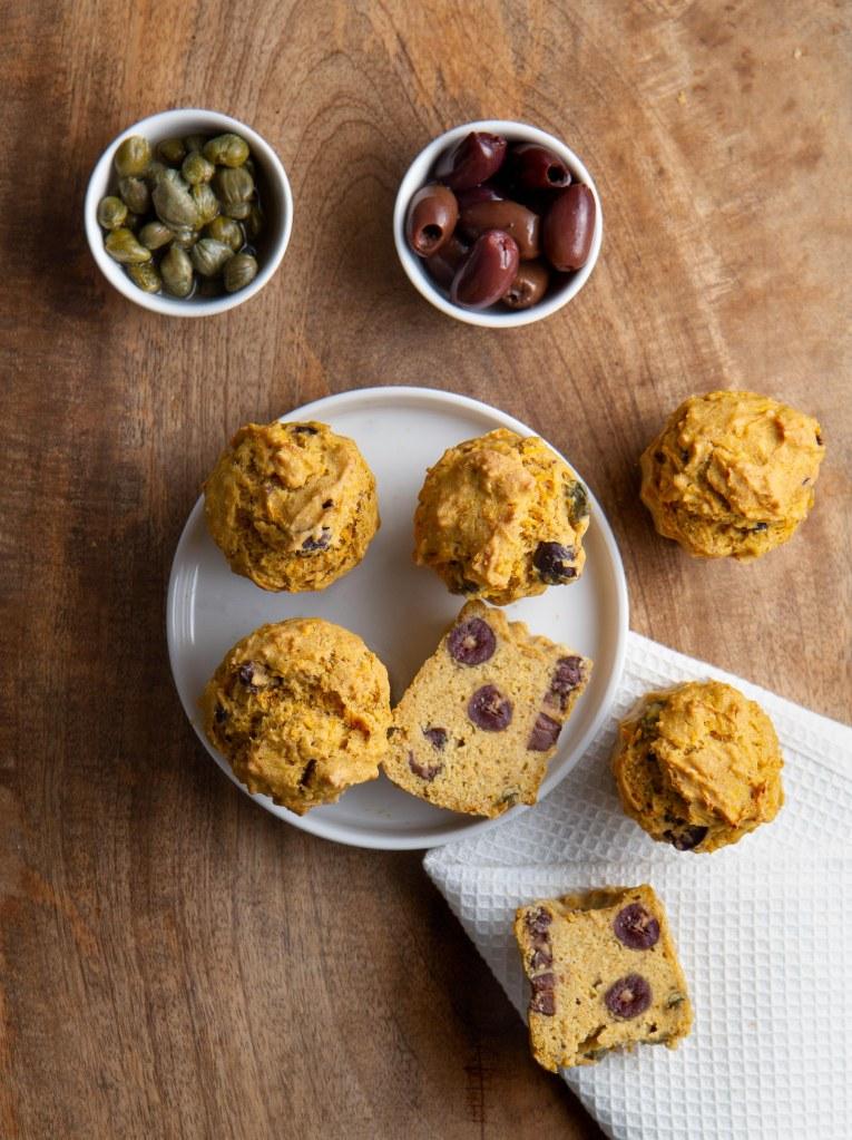 Muffins aux olives, câpres et carottes râpées (vegan, sans gluten)