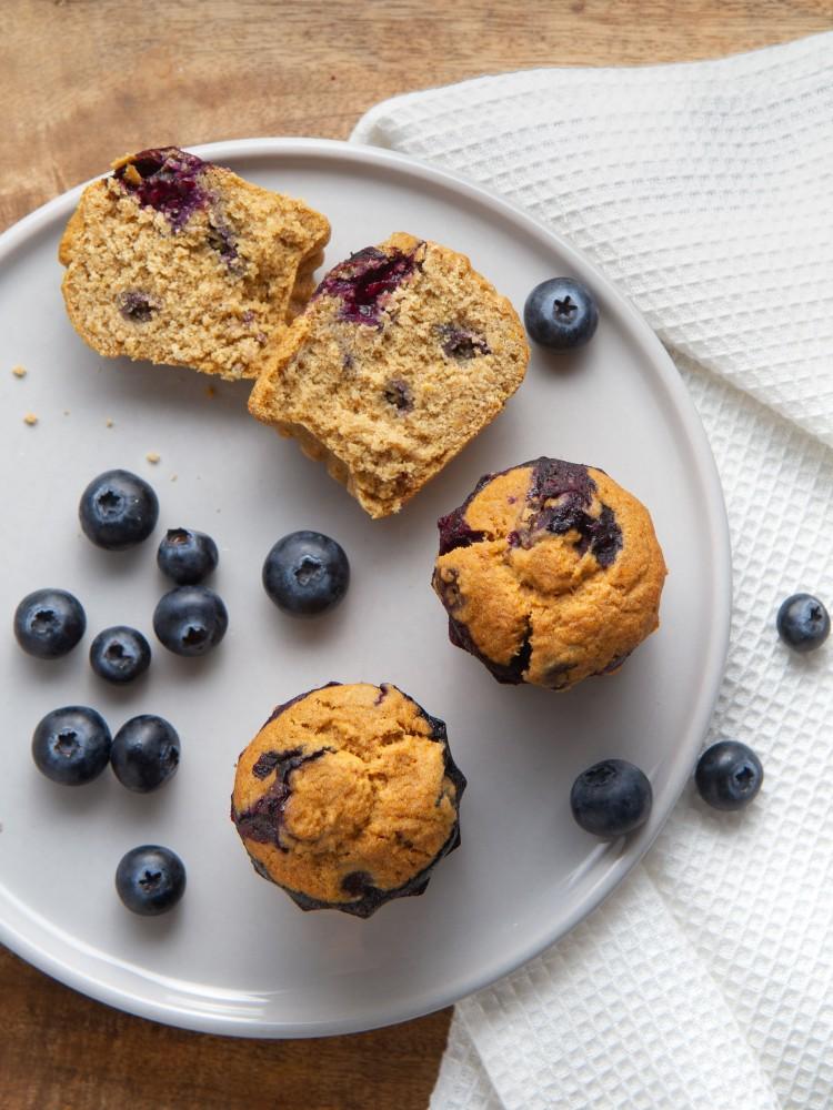 Muffins aux myrtilles fraîches (vegan, sans gluten)